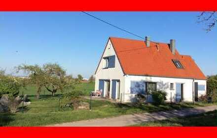 Kernsaniertes Einfamilienhaus im Außengebiet von Asperg