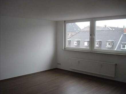 Kompl. neu renovierte 2 Zimmer-Wohnung in zentraler Lage in Rotthausen!!!