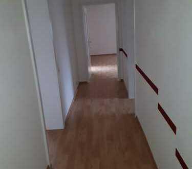 Helle, freundliche 3- Zimmerwohnung