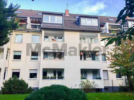 Ruhig und dennoch zentral: Modernisierte 2-Zi.-ETW mit Balkon in Braunsfeld