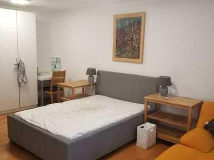 Mobliertes 27 Quadratmeter Zimmer in 3er WG