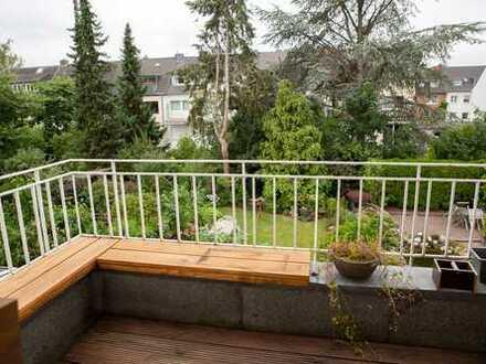 Köln Neuehrenfeld, schöne, geräumige Wohnung, zwei Zimmer, Küche, Bad zu vermieten