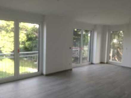 Erstbezug: attraktive 4-Zimmer-Wohnung mit Balkon in Lehrte