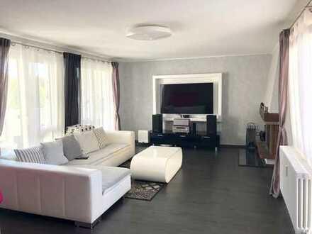 Schicke Maisonette-Wohnung komplett saniert