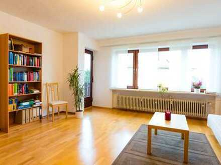 Schöne vier Zimmer Wohnung mit Balkon in 93105 Tegernheim