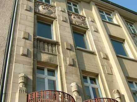 LOFT - Wohnung - 2 Zimmer - Parkett, Bad, Balkon, hohe Räume*2010