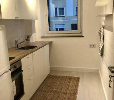 2,5 Zimmer nahe Isar in München-Au: neu renoviert und neu möbliert