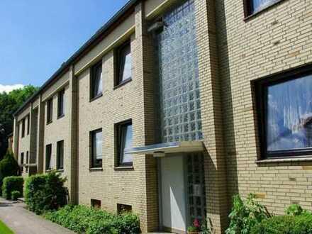 Gepflegte 2,5-Zimmer-Dachgeschosswohnung mit EBK in Barsbüttel