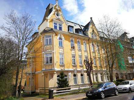 NEU !! 4 Zimmer Wohnung m. 2 Balkonen und 2 Bädern im Jugenshausstil