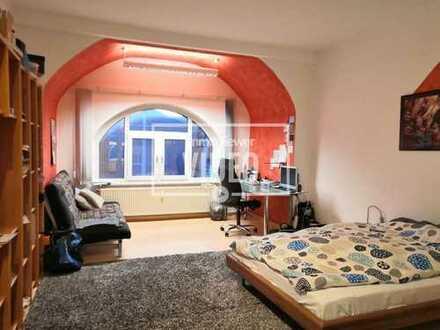 Günstig Wohnen? Hier ist es möglich 1-Zimmer mit ca.30m² mit Bad & EINBAUKÜCHE