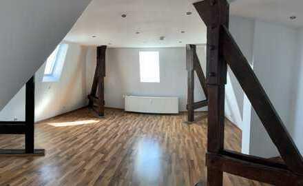 Gemütliche und gepflegte 1-Zimmer-Dachgeschosswohnung in der Prinz-Carl-Anlage in Worms