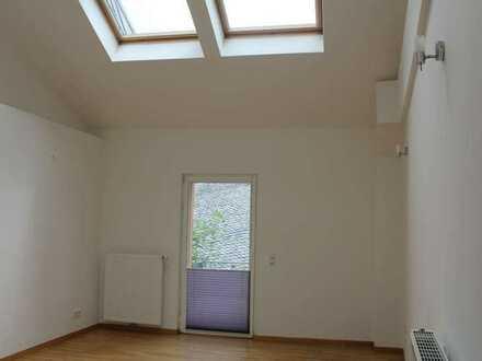 *Highlight im Luftkurort Thalfang - Wohnung mit Wendeltreppe und Dachterrasse für junges Wohnen*