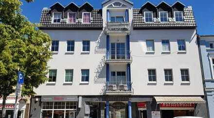 Bild_Große 4 Zimmer Wohnung mitten in der Stadt!