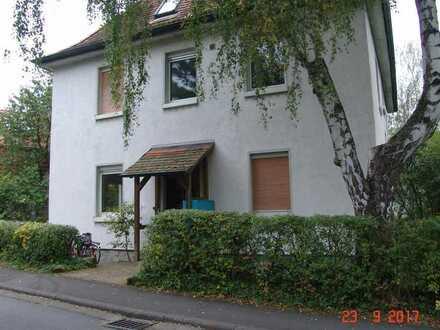 Gemütliches Studentenzimmer in Marburg-Cölbe