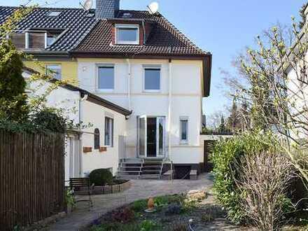 Frisch saniertes Stadthaus in Hannover-Groß Buchholz!