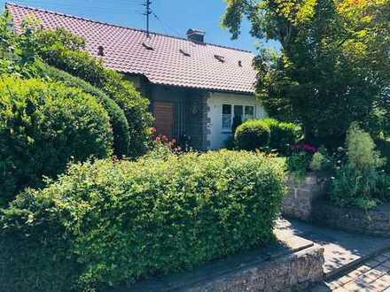 Traumhaftes Einfamilienhaus mit großem Gartengrundstück