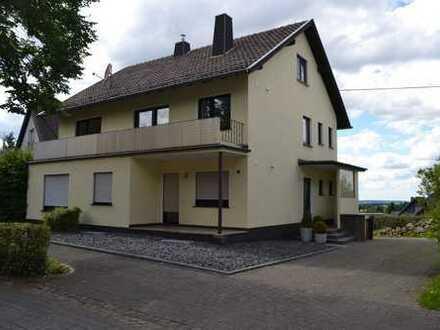 Schöne, geräumige helle drei Zimmer Wohnung in Euskirchen (Kreis), Nettersheim