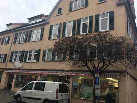 Vollständig renovierte 4-Zimmer-Wohnung mit EBK in Tübingen