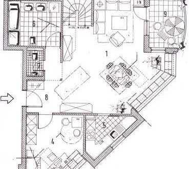 Stilvolle, gepflegte 5-Zimmer-Maisonette-Wohnung mit Balkon in Winnenden