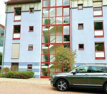 Modernisierte 3-Zimmer-Wohnung mit Balkon in Neumarkt in der Oberpfalz