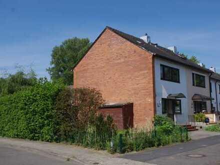 Bad Schwartau: Oase für die Familie - sonniges Endreihenhaus