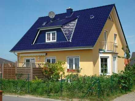 Osterangebot: Einfamilienhaus inkl. Grundstück ab 240.808 €