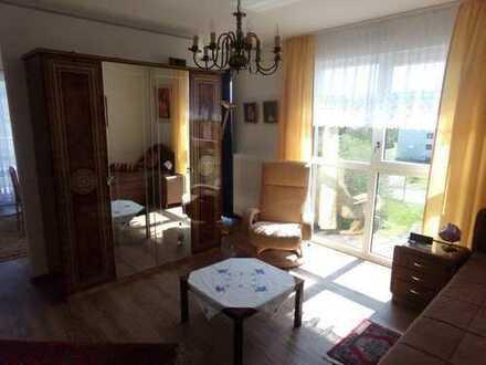 Exklusive, neuwertige 2-Zimmer-Service-Wohnung mit Balkon im Seniorenzentrum Zell/Mosel