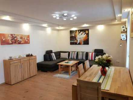 Sonnige 4-Zimmer-Obergeschosswohnung in Augsburg zu verkaufen!