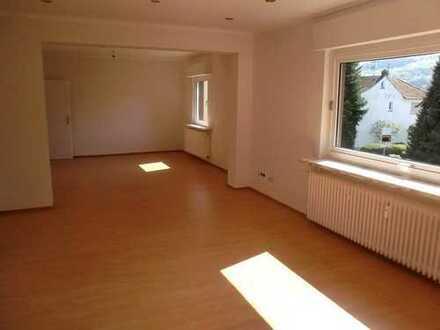 Schöne 4 Zi.-Wohnung im gepflegtem Zwei-Familienhaus in Kelkheim-Fischbach