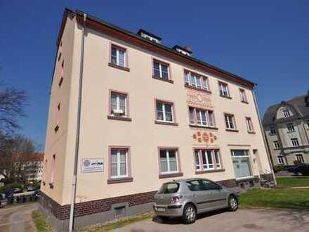 Großzügige 3-Zimmer Wohnung mit Balkon und PKW Stellplatz