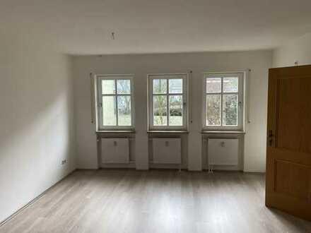 Freundliche 3-Zimmer-Erdgeschosswohnung mit Balkon in Gunzenhausen