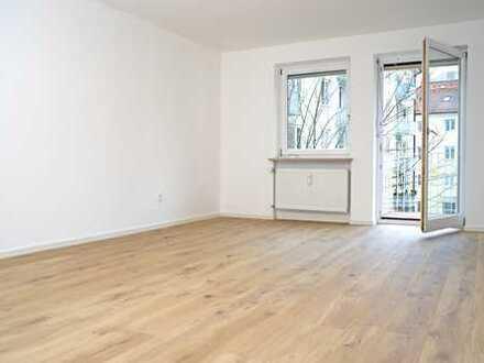 Großzügiges Apartment mit Balkon in Top-Lage *aufwendig saniert und sofort beziehbar!*