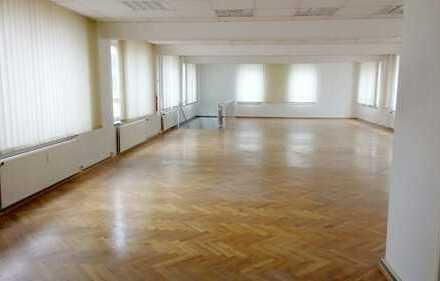 für Büro und Austellung - 2 Etagen -320 m² m.Parkettboden - 2 Monate mietfrei -