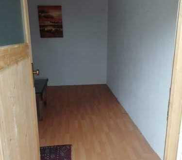 1 Zimmer WG in Kirchheim unter Teck Stadmitte..