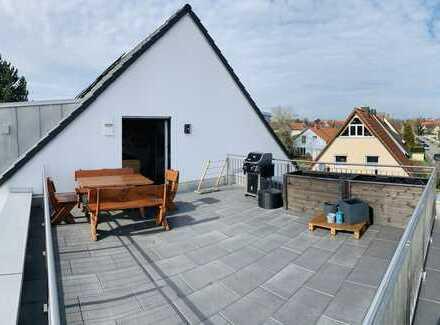 Exklusive Dachterassenwohnung mit Luxus EBK und inkl. Mobiliar für Schlaf-/Wohnzimmer und Bad