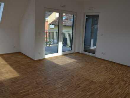Sehr helle 3 Zimmer-Wohnung mit Balkon