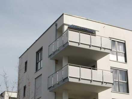 Helle Dachgeschoss-Wohnung mit schönem Weitblick!