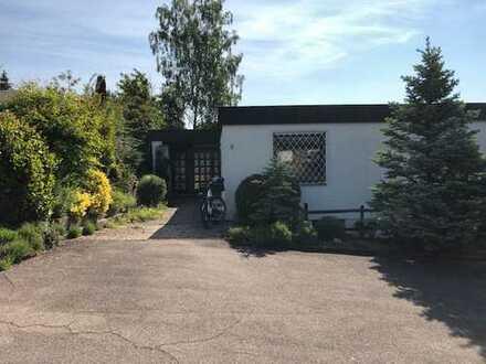 Herrliches Einfamilienhaus mit Garten, separater Einliegerwohnung, Terrasse, Garten und Garage