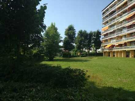 Sonnige Wohnung mit Blick ins Grüne und Süd-West Loggia