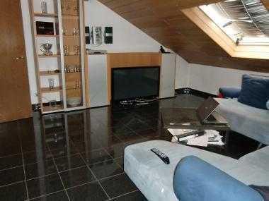 28 qm Zimmer in 120 qm Wohnung
