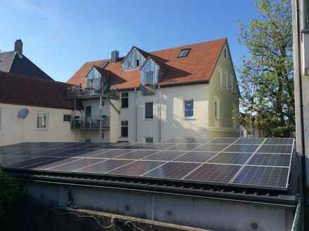 KNIPFER IMMOBILIEN - Mehrfamilienhaus mit etwa 3,9 % Rendite im TOP-Zustand in Augsburg zum Kauf!