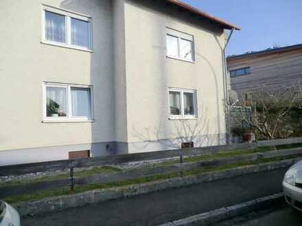 Illertissen – Au - EG – 3 Zi mit Terrasse u. Gartenanteil in Mehrfamilienhaus + Garage