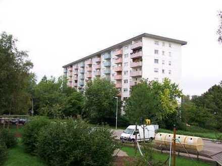 Helle 4-Zimmer-Wohnung mit herrlicher Aussicht und neuem Bad