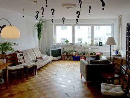 Große 4 Zimmer Wohnung mit 2 Balkonen