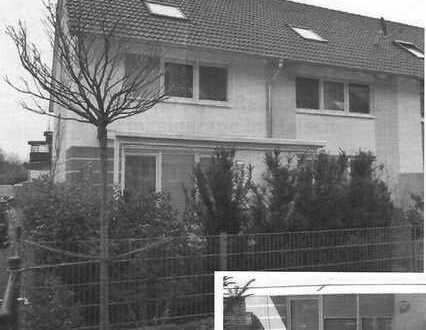 Schönes Reihenendhaus mit fünf Zimmern in Malsch (Kreis Karlsruhe)