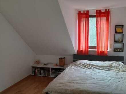 Möbliertes Zimmer auf Zeit in wunderschöne Lage!