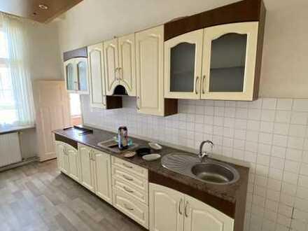*2-JAHRESMIETVERTRAG* 2er-WG-geeignete Wohnung mit Balkon in Reinickendorf