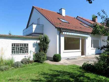 Ulm-Söflingen gepflegte 3-Zi.-Wohnung im EG mit EBK, Garage, Garten und Hobbyraum