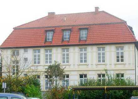 Eine besondere Wohnung mit Stil und Charme in historischem Stadthaus am Wall