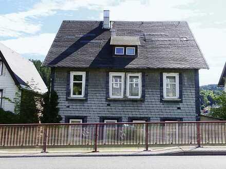Mehrfamilienhaus im Thüringer Wald